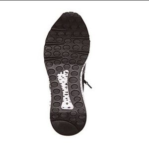 Steve Madden Shoes - Steve Madden Fashion Women Cliff Sneakers 7.5